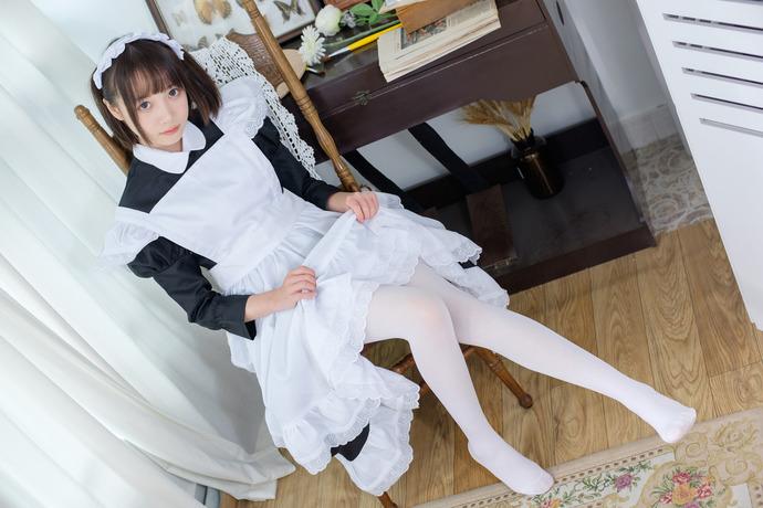 女仆装的小姐姐喜欢吗?