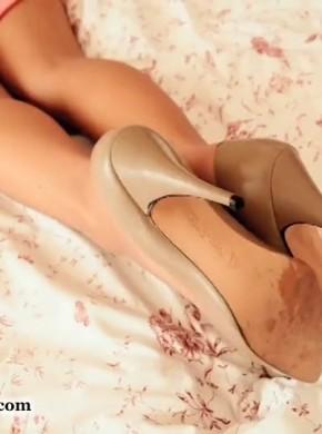 欧洲唯美丝袜玉足 feetweek075