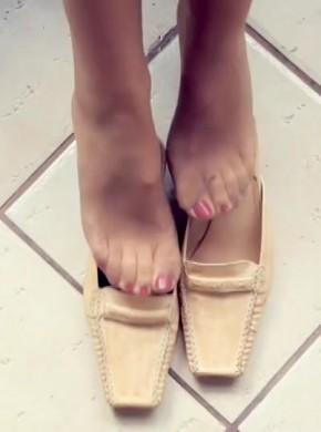欧洲唯美丝袜玉足 feetweek128