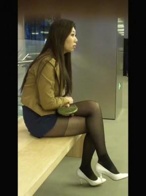 83-短裙高跟黑丝楼梯跟拍