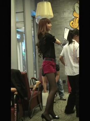3-如此靓丽长腿红裙黑丝