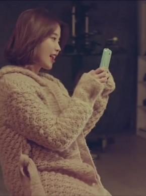 291_IU(아이유) -Friday(금요일에 만나요) (Feat. Jang Yi-jeong(장이정) of H