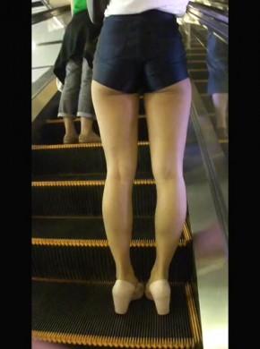 103-细腰宽#臀#美女上电梯