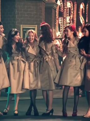 250_Girls' Generation 少女時代 -PAPARAZZI