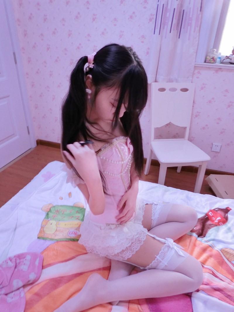 girl (4)