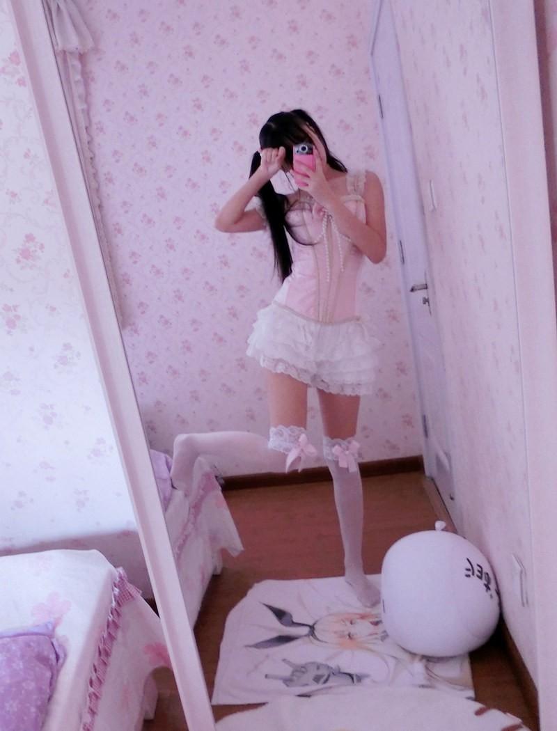 girl (1)