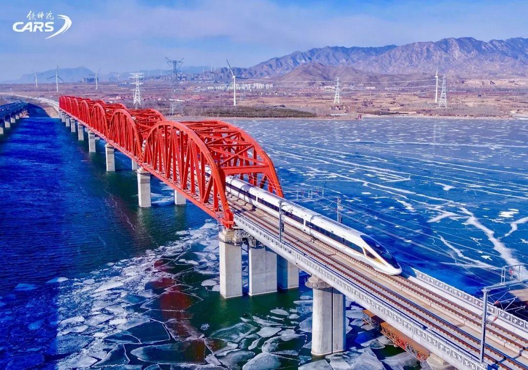 中国自主研发高速铁路 ATO 系统顺利通过技术评审:时速 350 公里自动驾驶