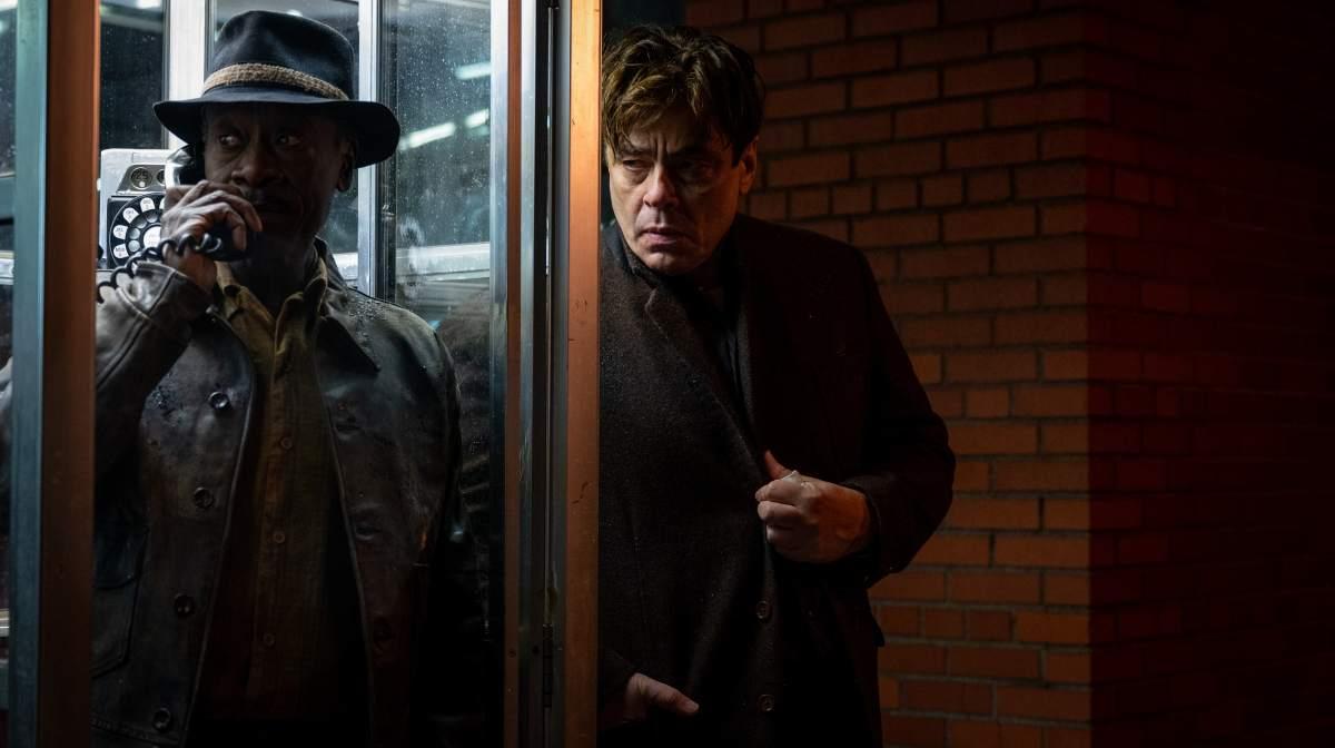 布兰登费雪宣传新片《匪类》结果外界都把焦点放在他走型的身材上